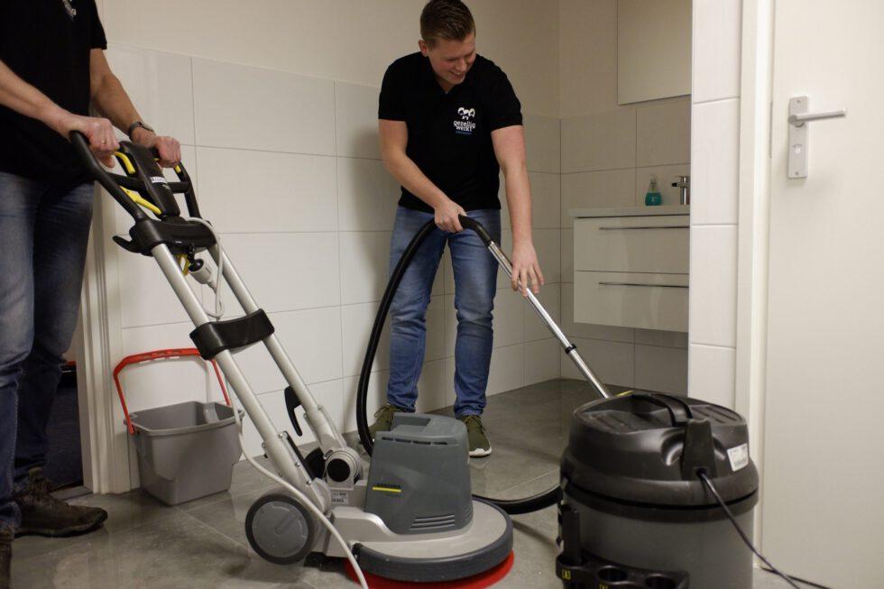schoonmaakbedrijf dweilen