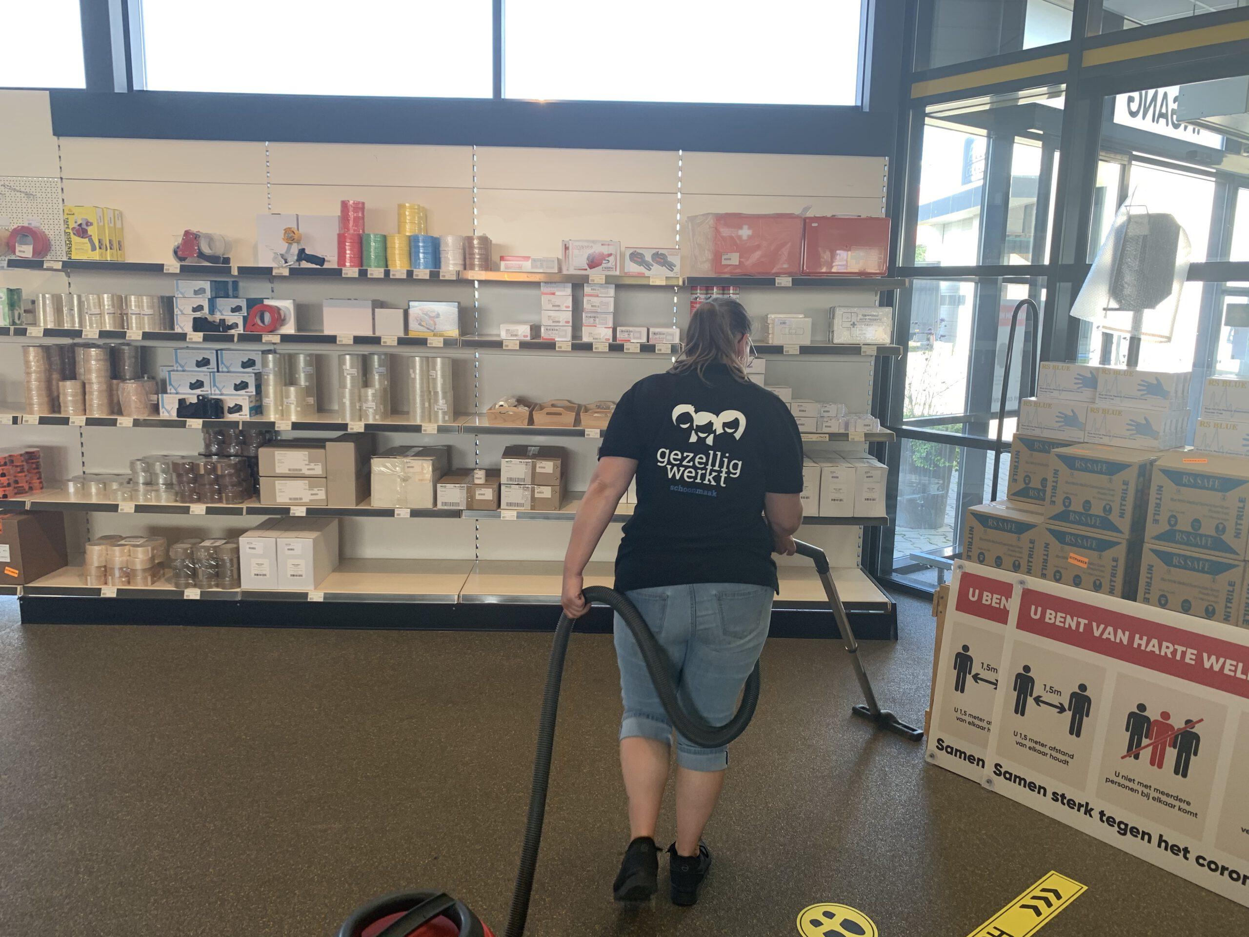 vloer schoonmaak in winkels